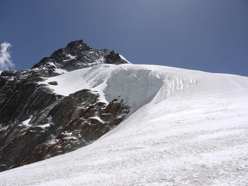 Untouched snow that looked like it could give way at any minute in the middle of the Cho La Pass!