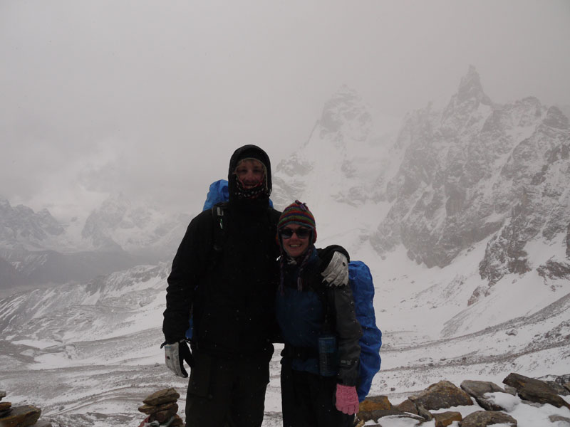 Brian and Noelle at the top of the Renjo La in heavy snow
