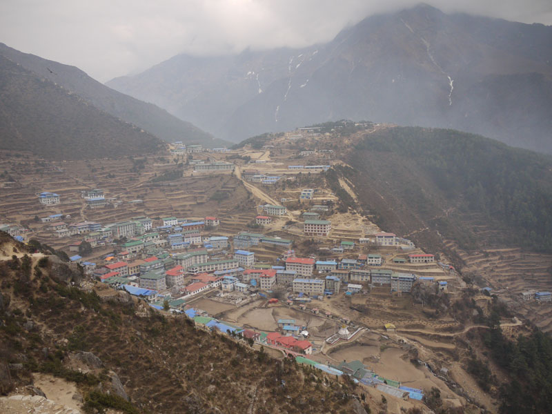 Eeverest Base Camp trek Lumde to Namche Bazaar Back at Namche