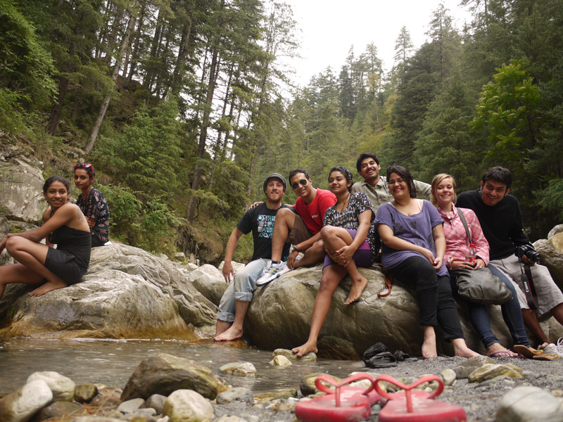 Hanging out with new friends in Kasol, Himchal Pradesh