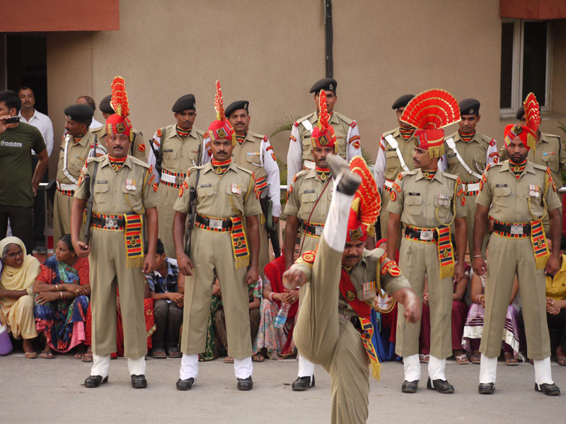 Dance Off; Border Closing Ceremony, Wagah
