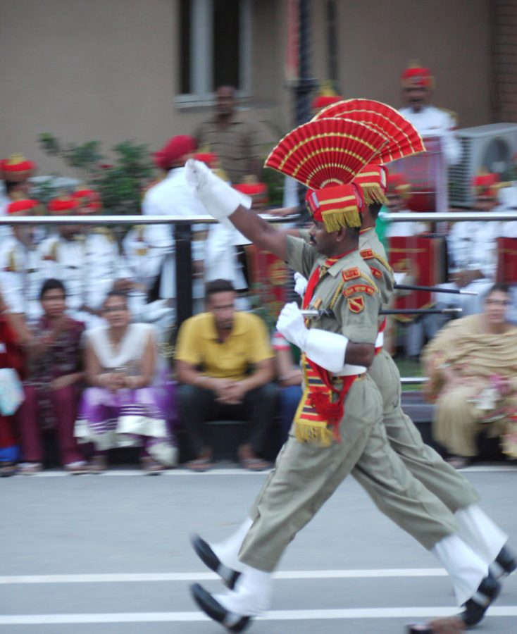 Speedy marching in perfect synch, Wagah