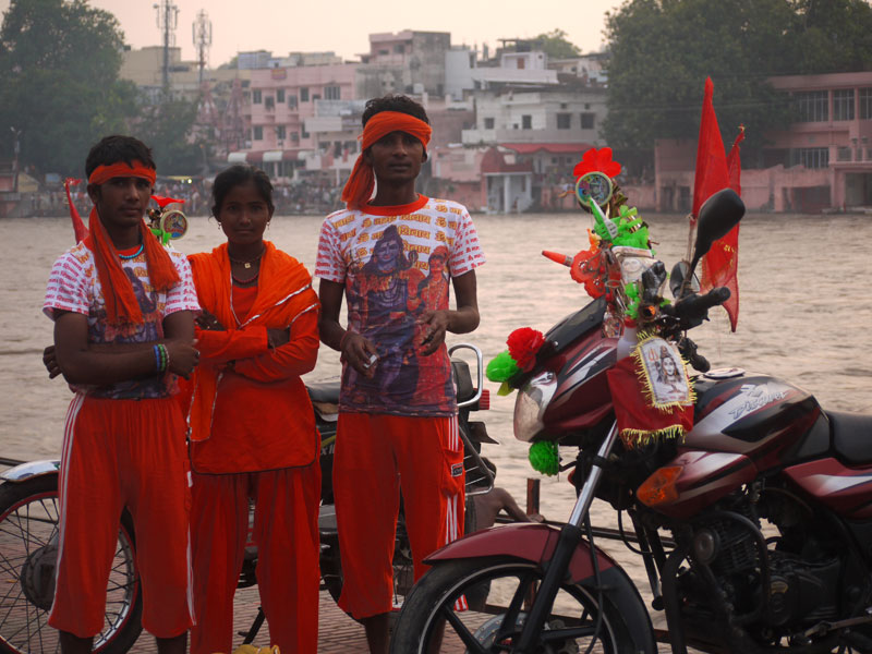 Pilgrims in bright orange clothes, Haridwar