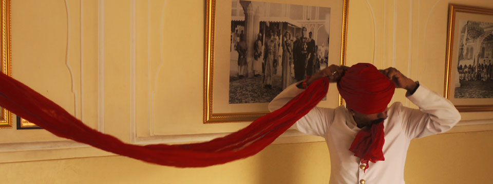 VIDEO How to Put On A Turban, Rajasthan style
