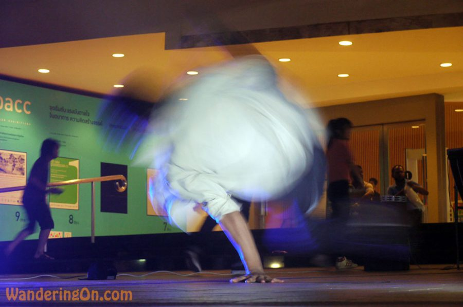 Breakdancer, Bangkok