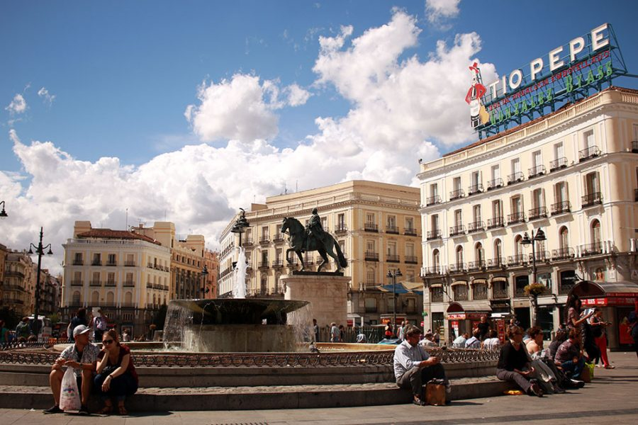 5 days in madrid wandering on travel blog for Parking puerta del sol