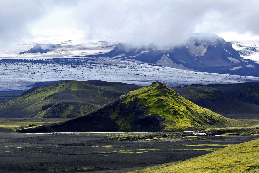 How can you not want to hike in Iceland?