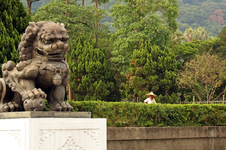 Stone Guardian Lion at the National Palace Museum in entrance