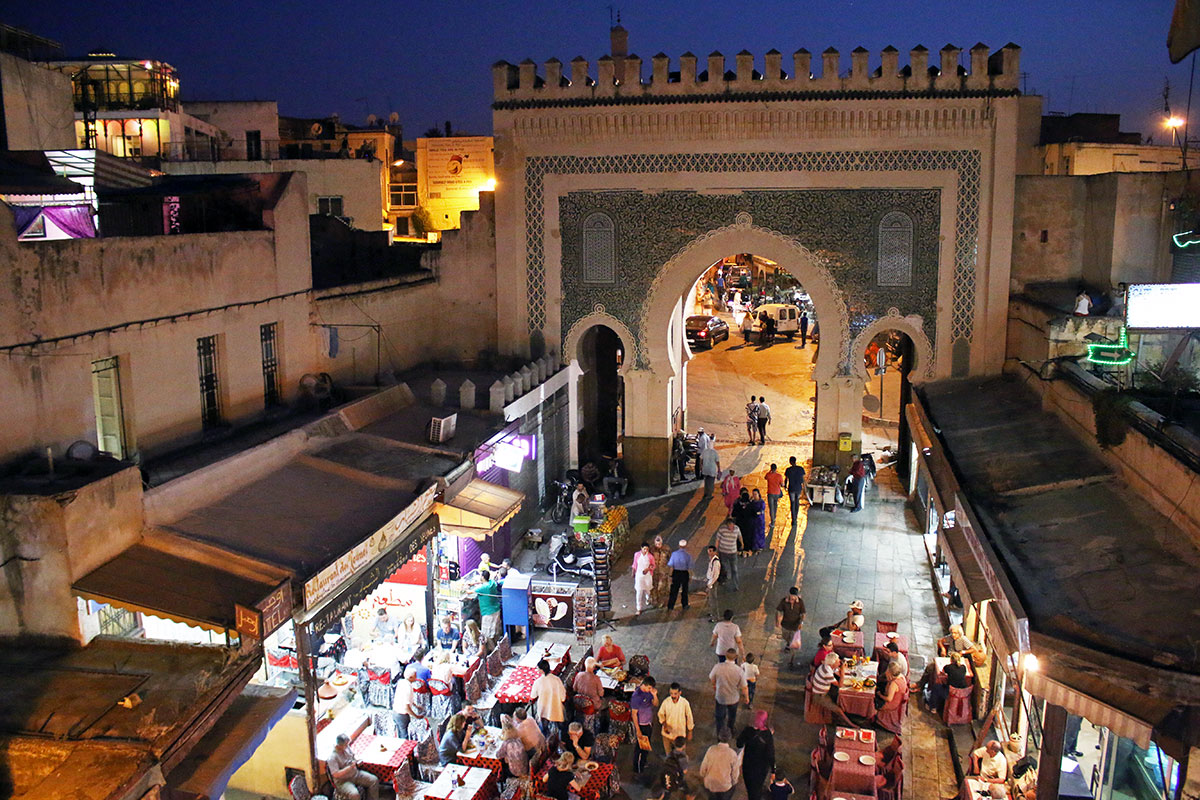 Bab Bou Jeloud gate by night