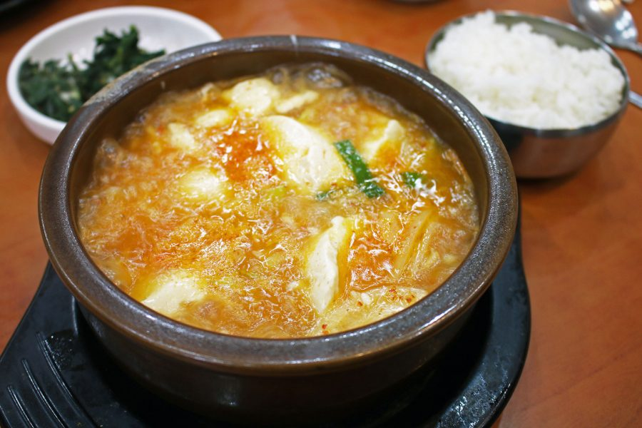 Sundubu Jigae spicy tofu stew Korean dishes