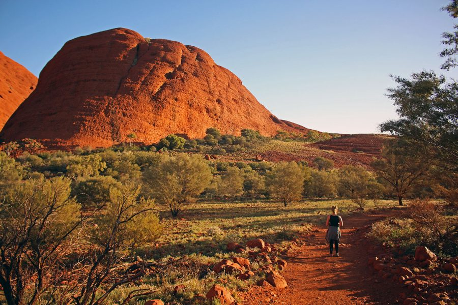 driving from Alice Springs to Adelaide | Setting out on the Valley of the Winds walk