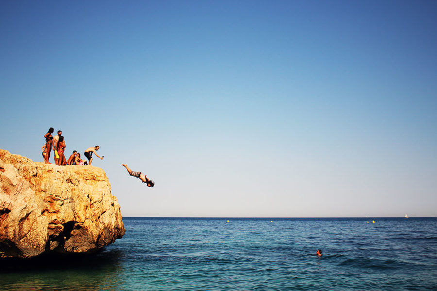 travel insurance coverage - cliff jumping in Spain, which would NOT be covered by World Nomads