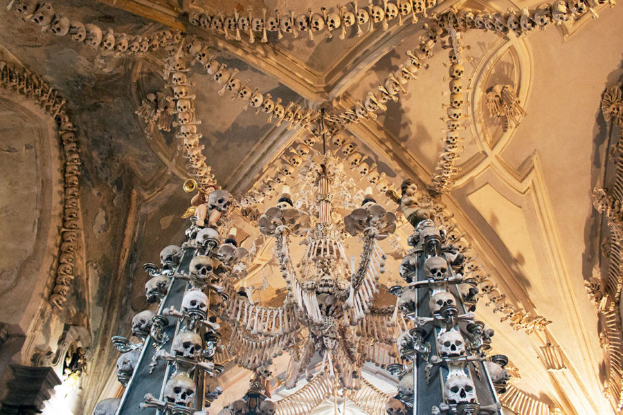Bones bones everywhere | A day trip from Prague to Kutna Hora Church of bones