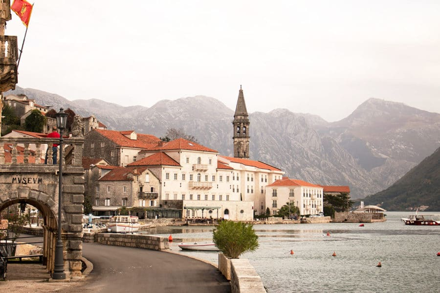 Perast sitting pretty on the sore of the Bay of Kotor | day trip from Kotor